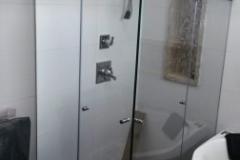 BOX INCOLOR DE CANTO COM KIT IDEIA GLASS FLEX ABRINDO OS DOIS LADOS