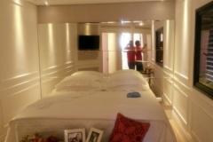 Espelho de cabeceira de cama