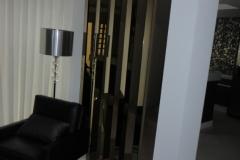 Espelhos em forma de colunas